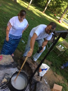 Campfire gravy